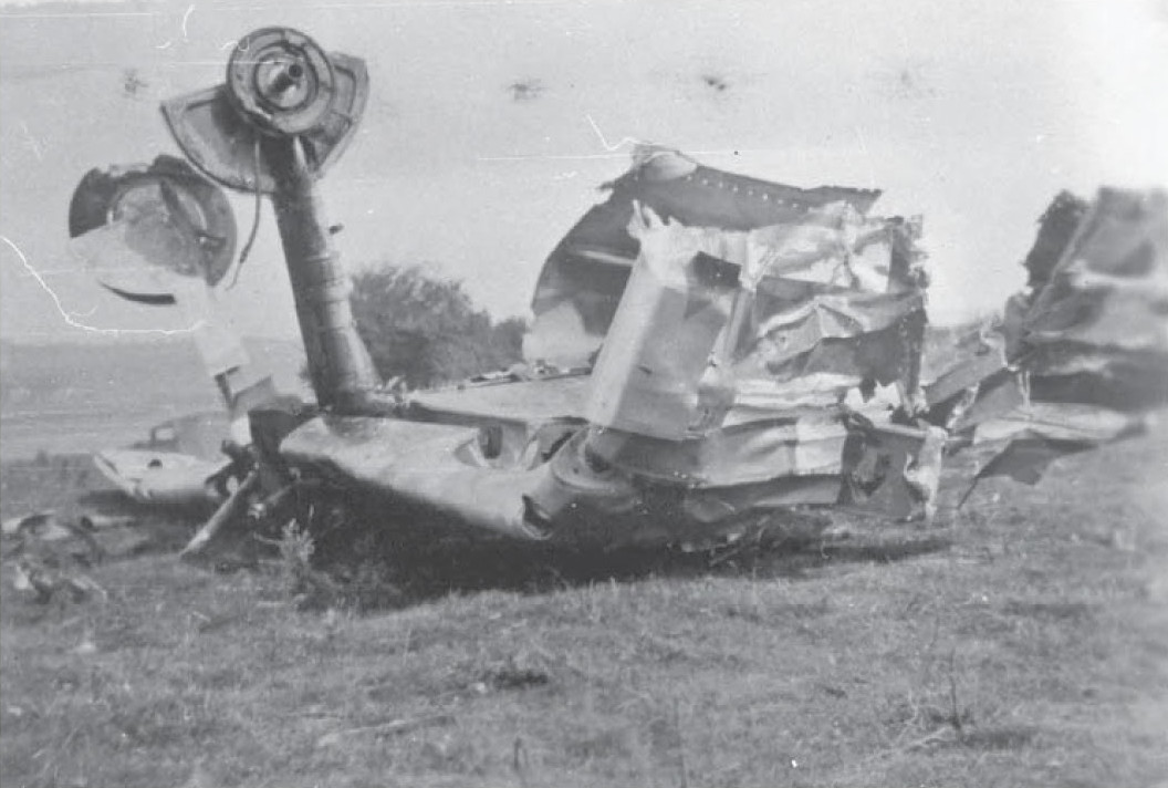 Wreckage of Bf 109, Standard Hill Farm, Elham